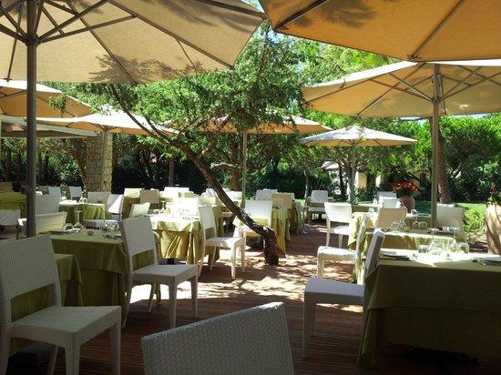 Golf Hotel Is Arenas : Terazza pranzo