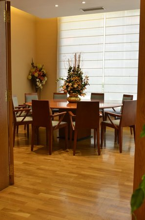 Hotel Carlton Rioja: Sala reunión