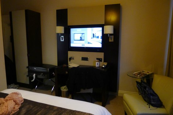 Rydges Kensington London : Modern furnishing