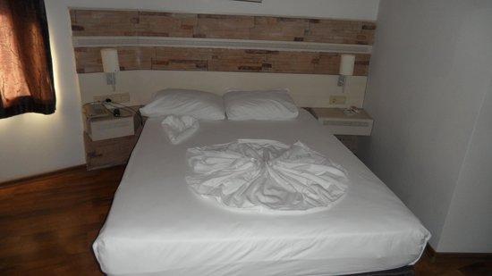 Hotel Aspen: Die tägliche Überraschung auf unserem Bett :)