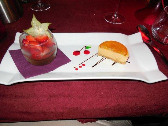 terrine de foie gras de canard aux pices et pata negra picture of le poivre d 39 ane aix en. Black Bedroom Furniture Sets. Home Design Ideas