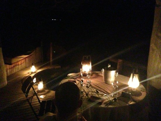 andBeyond Phinda Rock Lodge: Romantic dinner in the suite