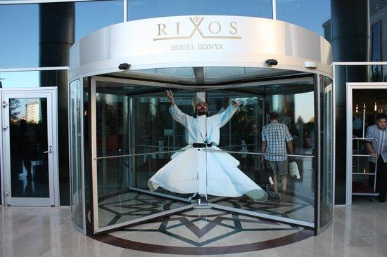 Rixos Konya: Hotel entrance