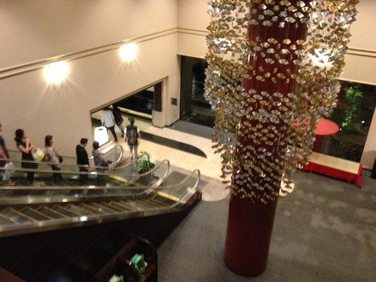 Kyoto Tokyu Hotel: Pleasing decor in the lobby