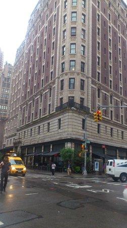 Ace Hotel New York: Vista desde la calle