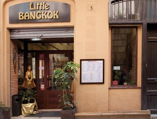 Little Bangkok: puerta