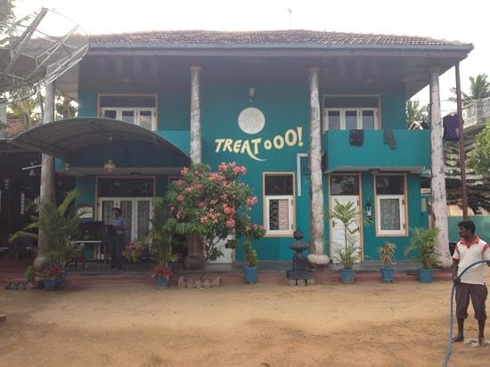 Treat ooO! Tourist Hotel