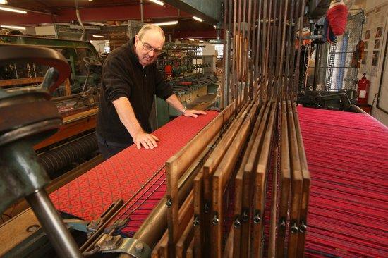 Trefriw Woollen Mills: weaving