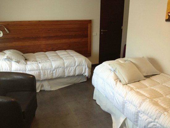 Posada Las Terrazas : Twin beds, fluffy duvets.