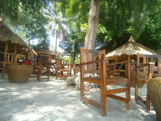 Blue Beach Cottages: Acceso a la playa