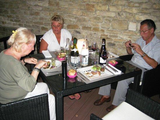 Le Chevreuil : wat een gezellige ruime tafel
