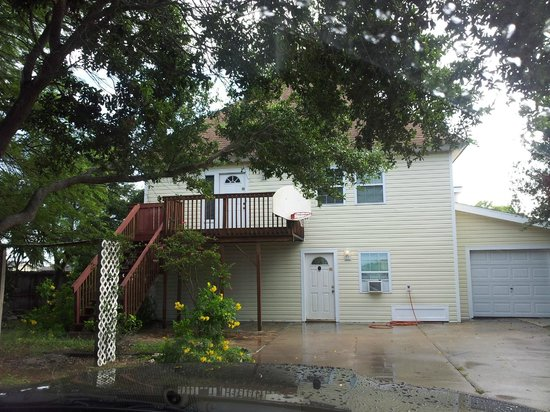 Bluff's Landing Hotel : The Marlin Home