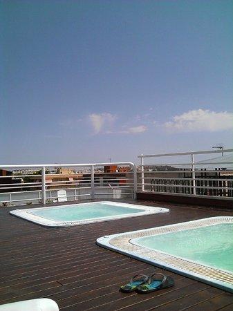 Hotel Evenia President: Джакузи на крыше