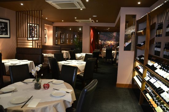 Ermei Sichuan Restaurant : ground floor interior