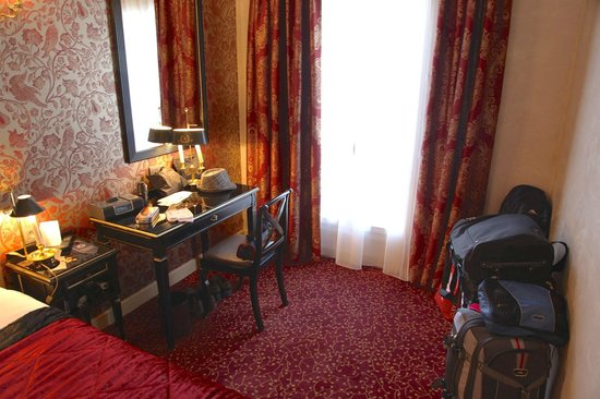 Hotel de l'Empereur : Room