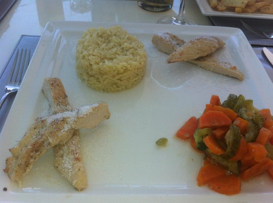 Akamas Health Farm & Spa Cyprus: Chicken in coconut milk?????????????