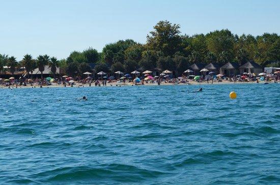 Les Prairies de la Mer: Strand vom Boot aus