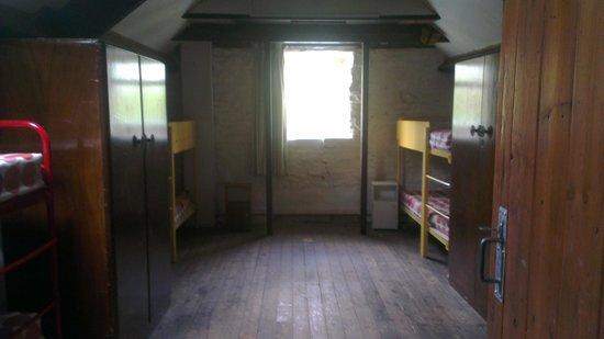 Abbot's House Farm: Large bedroom (Sleeps 8)