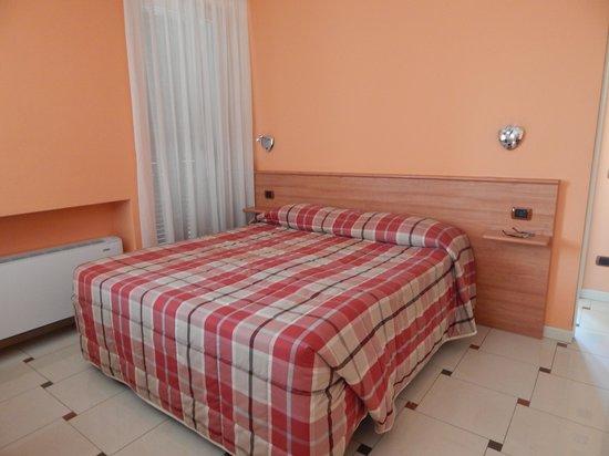 Hotel Silvio: studio bedroom