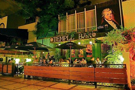 Temple Bar: Exterior