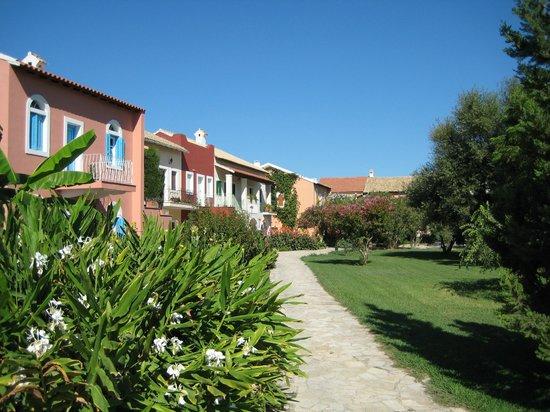St. George's Bay Country Club: Häuser im griechischen Stil
