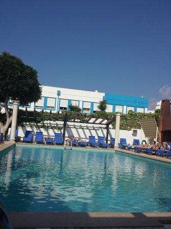 Hotel do Cerro: Swimming pool
