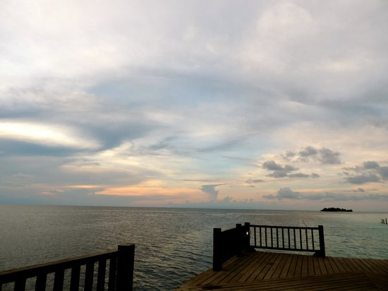 The Reef Dive Resort: sunset