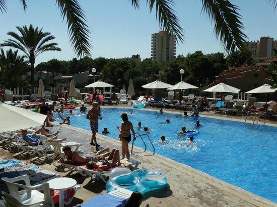 HSM Canarios Park: The main pool