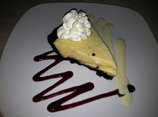 Megs and Mads: Oreo Crusted Key Lime Pie