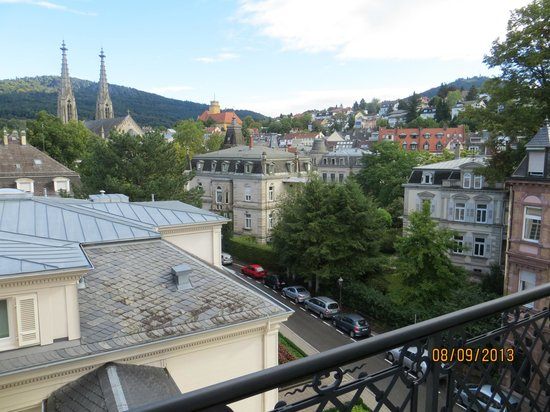 Brenners Park-Hotel & Spa: A view of the City from the room