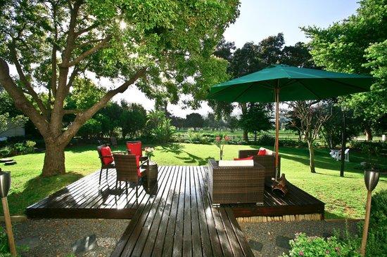 4 Heaven Guesthouse: terrace