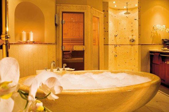 Badezimmer mit Sauna in der Ocean`s Suite - Bild von ...