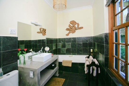 4 Heaven Guesthouse: bathroom