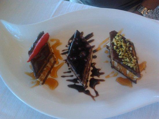 Ristorante da Silvio: tris di dolci al pistacchio