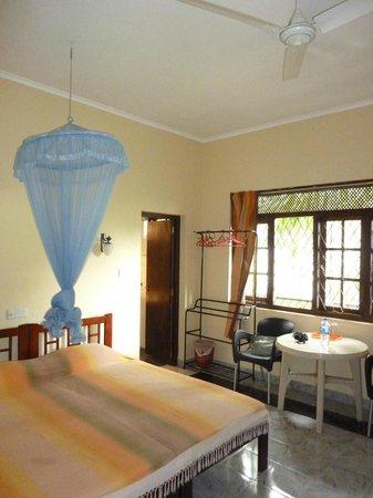 Freedom Lodge: Chambre 1° étage avec balcon