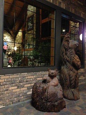 Best Western Plus Yosemite Gateway Inn : extérieur de l accueil