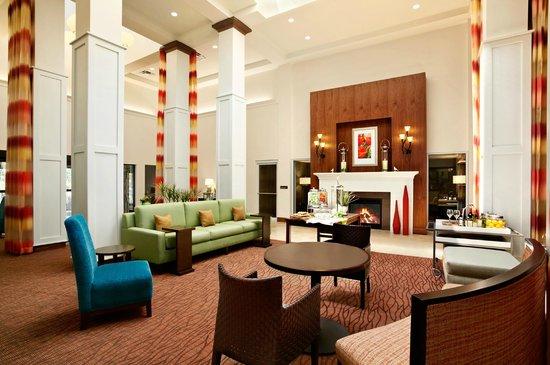 Hilton Garden Inn Rochester/Pittsford : Lobby