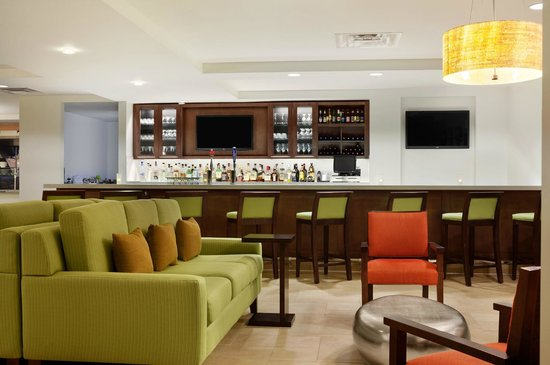 Hilton Garden Inn Rochester/Pittsford: Lounge/Bar Area