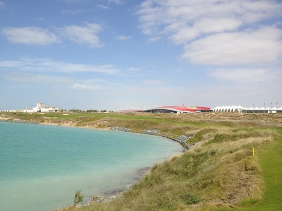 Yas Links Abu Dhabi: Yas Links with Club House and Ferrari World in the background