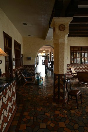 The Hotel Paisano: Lobby view to front door