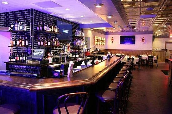 Hugo's Oyster Bar