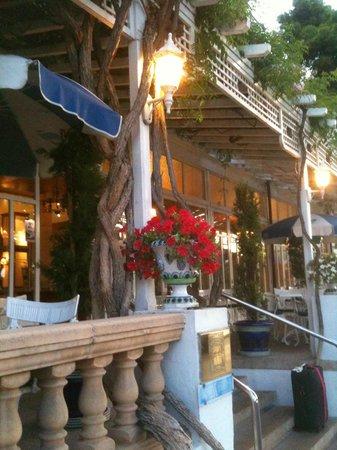 THB Felip Class: The terrace