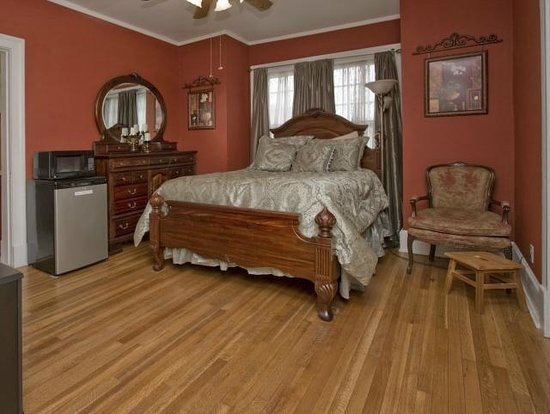 Robinwood Bed and Breakfast : Grady Manning Suite