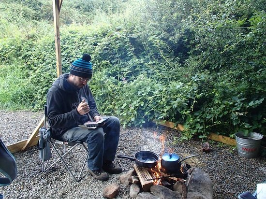 Trellyn Woodland Camping: cooking breakfast on the fire -yum