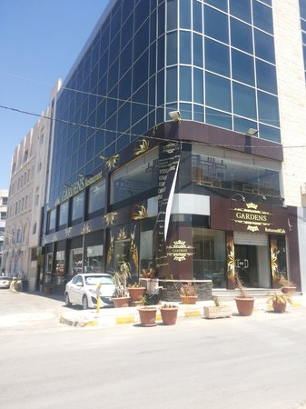Gardens Restaurant & Cafe