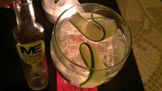 La Marea : Hendrick's Gin Tonic