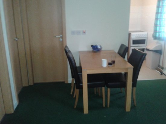 Ilfracombe Holiday Park: dinning room
