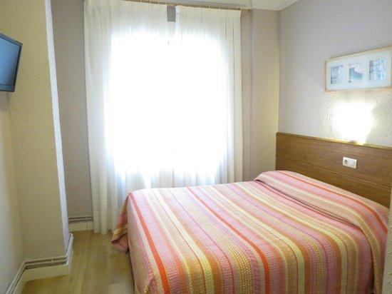 Pension Don Claudio: Habitación doble / Double room
