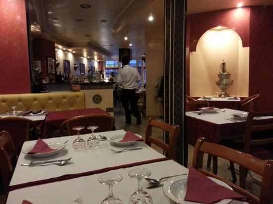 Le Royal 92: inside the resturant