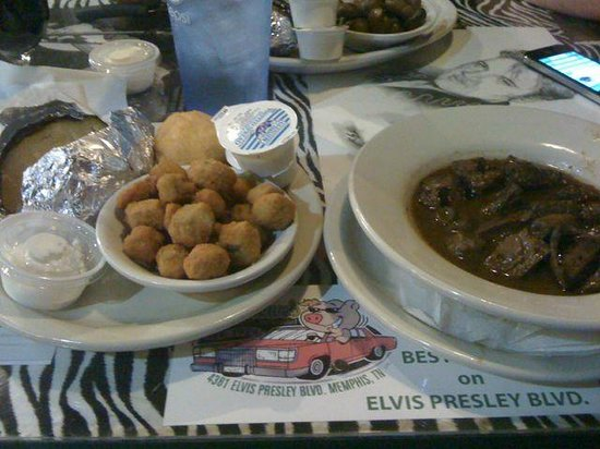 Marlowes Ribs and Restaurant: Marinated Beef tips, with side of fried okra and baked potato